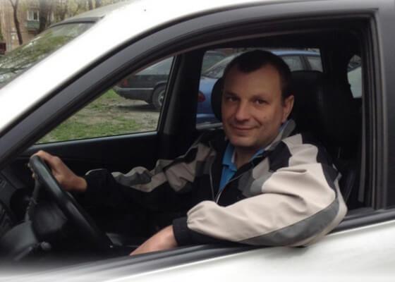 преподаватель по вождению